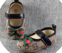 soled schuhe kinder großhandel-A02 Babyschuhe Jungen Mädchen Kleinkind Turnschuhe Kinderschuhe Lässig Krippe Babe Lauflernschuhe Walker Infant Kleinkind Prewalkers Weiche Sohle Schuhe