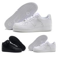 высокие кроссовки для мужчин оптовых-sneakers CORK Для MenWomen High Quality One 1 Кроссовки Low Cut All White Black Цвет Повседневные кроссовки Размер США 5.5-12