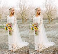 spitze gerade hochzeitskleid großhandel-2018 Romantische Boho Brautkleider Langarm-Hals Eine Linie Full Lace Country Style Brautkleid nach Maß