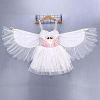encaje infantil naranja al por mayor-Las niñas bebés alas de cisne visten los niños de la princesa vestidos de princesa 2018 boutique de verano niños realizan vestido de desgaste desgaste de la ropa