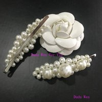 Wholesale luxury xmas gifts for sale - Retro fashion C Pearl hair clips Vintage faux pearl flower hair clip Luxury classic hair accessories party gift xmas gift