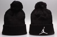 ingrosso beanie dhl-Cappelli lavorati a maglia casuali caldi di inverno Beanie tutti 32 squadre baseball di sport dei berretti da baseball dei berretti da baseball della squadra donne Uomini popolari cappello di inverno di modo DHL