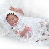 vestidos de 12 anos venda por atacado-Boneca Reborn 55 CM cheio de Silicone Reborn Baby Dolls brinquedos de vinil dormindo bonecas para meninas 0-7 anos de idade do bebê com vestido branco
