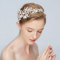 yeni gümüş gelin saç aksesuarları toptan satış-Yeni Gümüş Yaprak Bandı Gelin Tiara İnciler Düğün Saç Taç Aksesuarları Moda Kadınlar Balo Saç Parça El Yapımı Takı