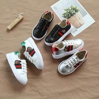 exportaciones de caucho al por mayor-Otoño New Medium and Large Children Zapatos de lona para niños Little White Shoes Girls Little Bees Placas de ocio 21-35cm