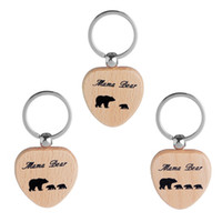 Wholesale men wooden necklaces - Mama Bear Wood Keychain Necklace Mama Bear Heart Key Rings Mother and Daughter Bear Cubs Heart Charm Wooden Fashion Jewelry Drop Shipping