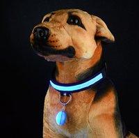 ingrosso collare di cane luminoso-Pet Night Safety LED Torcia elettrica Collare per cani Cat. Luci Pendenti incandescenti Collana Pet luminoso Bright Glowing Collar in Dark