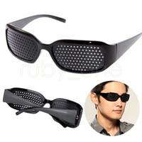 pin brillen großhandel-Unisex Vision Care Pin Loch Brillen Anti-Müdigkeit Lochbrille Brille Auge Übung Sehvermögen Verbessern natürliche Heilbrille GGA523 100PCS