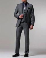 esmoquin gris oscuro novio al por mayor-Nuevas llegadas por encargo gris oscuro novio smoking / trajes de boda para hombres 3 piezas trajes (chaqueta + pantalones + chaleco + corbata)