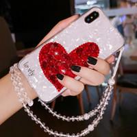 ingrosso coperchio cinturino rosso-Per iPhone 6 6s 7 8 plus X XR XS XSMAX Luxury Fashion Girls cuore rosso Bella strass diamante bling copertura della cassa del telefono scintillio cinturino