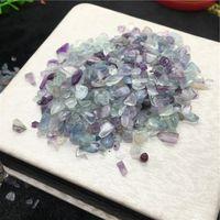 chips de cristal de roca al por mayor-50 g de fluorita Irregular Tumbled Stones Grava Crystal Healing Reiki Rock Joya de perlas Chip para acuario acuario decoración
