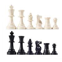 ingrosso scacchi internazionali-32 pezzi degli scacchi medievali / scacchi completi in plastica gioco internazionale di scacchi a scacchi nero bianco 64mm