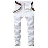 jeans blancos diseñados para hombres al por mayor-Moda Simple White Jeans Hombre Pantalones Casual elásticos Slim Fit Clásico Todo Propósito Personal Design Pantalones para hombre Hip Hop Jeans