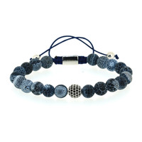 marineblaue silberne armbänder großhandel-8mm Dark Navy Blue Crackle Muster Stein Perlen mit Silber Farbe Runde Schwarz Cz Zirkon Charm Einstellbare Makramee Armband für Mann