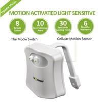küçük renkli lambalar toptan satış-3D Renkli Beyaz Lamba Banyo Insan Vücudu PIR Küçük Otomatik Hareket Sensörü Tuvalet Nightlight Kase Işık Sensörü LED 8 renk değişti Tuvalet Işık