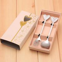 fleurs de mariage cuillère à fourche achat en gros de-Acier inoxydable Lovers Spoon Et Forks Set Pour Faveurs De Mariage Et Cadeaux Fête D'anniversaire Cadeaux De Douche De Bébé Cadeaux