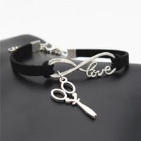 ciseaux d'amour achat en gros de-Mode Infinity Love ciseaux pendentif Bracelets Hommes Femmes Charme À La Main En Cuir Noir Corde Chaîne Paracord Bracelets Mâle Wrap Métal Bijoux