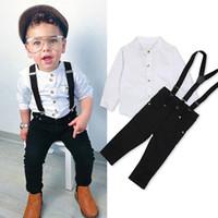bebek pantolon pantolon toptan satış-Çocuk erkek beyefendi kıyafetler bebek Gömlek üst + askı + pantolon 3 adet / takım Sonbahar çocuk Giyim Setleri 2 renkler C5415