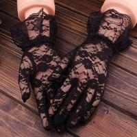 сексуальные розовые перчатки оптовых-Черные кружевные перчатки женщины 2018 старинные упругие защита от Солнца твердые солнцезащитный крем лето великолепный розовый палец перчатки аксессуары Sexy