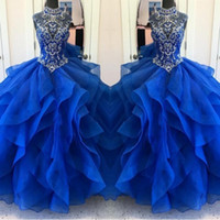 schöne frauen kleiden blau groihandel-Schöne Schichten Rüschen Royal Blue Quinceanera Kleider 2018 Perlen Kristalle Ballkleid Frauen Pageant Kleider Sweet 15 Vestidos de 15 Anos
