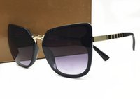 óculos únicos venda por atacado-2018 Nova Cor Mulheres Óculos De Sol Único Escudo Oversize UV400 armações de óculos Do Vintage italy design vêm com caixa
