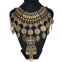 design colares grande pingente venda por atacado-Novo design vintage 2017 colares declaração grande bling flores de cristal pingentes mulheres maxi chokers colares bijuterias