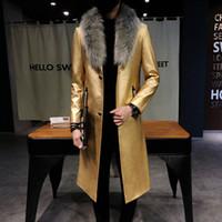 abrigo de cuero con cuello de piel para hombre al por mayor-2018 Mens Gabardinas de cuero negro Big Fur Collar Long Men Abrigos de lujo Veste Long Homme Gold Coats Slim Fit Elegante