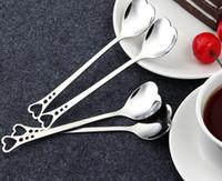 cucharita de café corazón al por mayor-En forma de corazón Cuchara de café de acero inoxidable Postre Azúcar Revolvimiento Cuchara Helado de yogur Cuchara de miel Cocina Regalo caliente