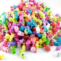 karikatür figürü kapsül oyuncaklar toptan satış-Hot Sale 50 pcs   lot Children Little Colorful Cartoon Ocean Animal Action Figures Toy Mini Monster Sucker Capsule Model