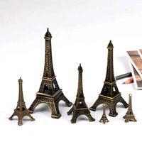 fer tour eiffel achat en gros de-Tour Eiffel Romantique Fer Artisanat Micro Paysage Paris Tour Ornement Accessoires Fée Jardin DIY Zakka Moss Terrarium Bonsaï Craft