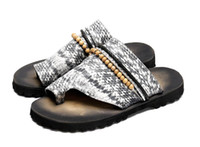 Wholesale tongs resale online - Tongs Homme Ete Fashion Grey Snake Print Men Flip Flops Beading Men Slippers Outdoor Slides Shoes Leather Beach Slippers