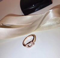 ingrosso regali a forma di cavallo-S925 Disegno a forma di U di cavallo cavo d'argento puro con anello di diamante in 6-8 # regalo di nozze placcato oro gioielli in oro rosa PS5491