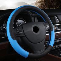 ingrosso coperture del volante dell'automobile sportiva-Coprivolante universale per auto in pelle PU 38CM Coprivolante per auto sportivo in stile automobilistico Accessori antiscivolo per auto