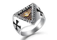 anéis maçônicos americanos venda por atacado-Europeus e Americanos personalidade diabo olho triângulo anel de aço de titânio dos homens da cruz maçônica