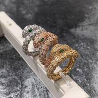 anillos de cristales austriacos al por mayor-2018 Marca de Moda de Calidad Superior Anillo de la Serpiente Rose Color de Oro Cristales Austriacos Animal Anillos para Las Mujeres joyería del Partido de los anillos