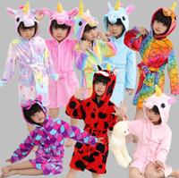 tek boynuzlu kadın stili toptan satış-Çocuklar Flanel Unicorn Bornoz Pijama 17 Stilleri Hayvan Kapşonlu Robe Çocuk Pijama Çocuk Giyim Kız Yumuşak Uyku Robe OOA5469