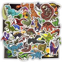 dinozor çıkartmaları toptan satış-50 ADET Su Geçirmez Dinozor Hayvan Çıkartmalar Oyuncaklar Çocuklar için Eğitim Ev Dekor Dizüstü Bagaj Kask Kaykay Su Şişesi Bisikle ...