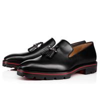 красная формальная обувь для мужчин оптовых-2018 модные новые мужские туфли черные кожаные мокасины шип шпилька формальные туфли мужские деловые туфли бахрома красная подошва