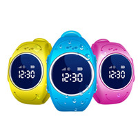 2017 GPS Tracker Montre pour Enfants Safe GPS Montre étanche Q520S smart Montre-Bracelet SOS Appel Finder Locator Tracker Anti Perdu GSM
