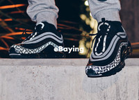 almofada m venda por atacado-2018 Chegam Novas 97 Logotipo Reflexivo 3 M Dos Homens Tênis de Corrida Almofada Vermelho Preto Anniversary Edição Sneakers 97 S Sports Jogging Trainers 40-46
