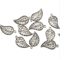 Wholesale antique silver leaf pendant resale online - 500pcs Antique silver Alloy Leaf Charms Pendants For diy Jewelry Making findings x18 mm