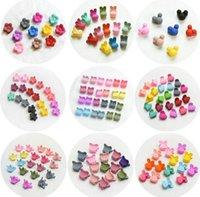маленькие пластиковые шпильки оптовых-12 стили 10 цветов смешанные 20 шт. / лот дети пластиковые Шпилька маленькие когти мультфильм Кролик медведь Корона детские мини аксессуары для волос