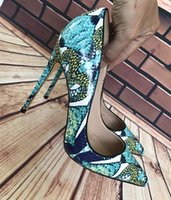 Wholesale stiletto shoes s for sale - Group buy 2018 European and American green snake skin pattern matching cm ultra fine iron with sharp pointed fashion night high heeled shoes large s