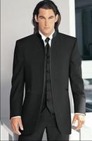 ingrosso giubbino di mandarino nero tuxedos-Nuovo Design Smoking dello sposo nero Cheap Best Man No Button Mandarino Groomsmen Risvolto degli uomini Prom Abiti da sposa (Jacket + Pants + Tie + Vest)