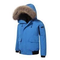 moda abajo parka al por mayor-Abrigos de invierno de diseño para hombre de moda 6 colores de marca Parkas acanalados de manga larga con capucha prendas de abrigo rompevientos con pieles
