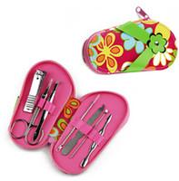 zapatillas de dedo al por mayor-7 unids / set zapatillas en forma de uñas Nail Art Manicure Set herramientas de cuidado de uñas con mini dedo cortador de uñas Clipper tijera pinzas de color