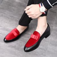 kıyafet elbisesi siyah toptan satış-M-anxiu Erkekler Resmi Ayakkabı Ilmek Gelinlik Erkek Flats Beyler Casual Ayakkabı Siyah Patent Deri Kırmızı Süet Loafer'lar üzerinde Kayma
