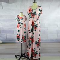 ana kız modası toptan satış-Anne Kızı Elbiseler Moda Çiçek Baskı Kısa Kollu Anne ve Bana Giysi Aile Eşleştirme Kıyafetler Ayak Bileği uzunlukta Elbise