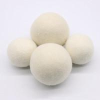 tissu feutré blanc achat en gros de-Boules de séchage en feutre de laine naturelle Boules de blanchisserie 4-7CM Un assouplissant de tissu non toxique réutilisable réduit le temps de séchage