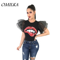 ingrosso camicia a maniche gialle-OMILKA 2018 Summer Women Puff Sleeve Red Lips stampato Crop T Shirt Casual Nero Bianco Giallo Mesh Blue Club Party Tops Tees